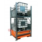Scaffalatura metallica con vasca di contenimento per 2 cisterne da 1000 lt su 2 piani